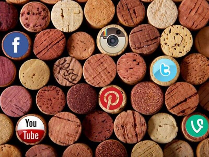 """Social media e vino. Un connubio sempre più """"persistente al palato"""""""